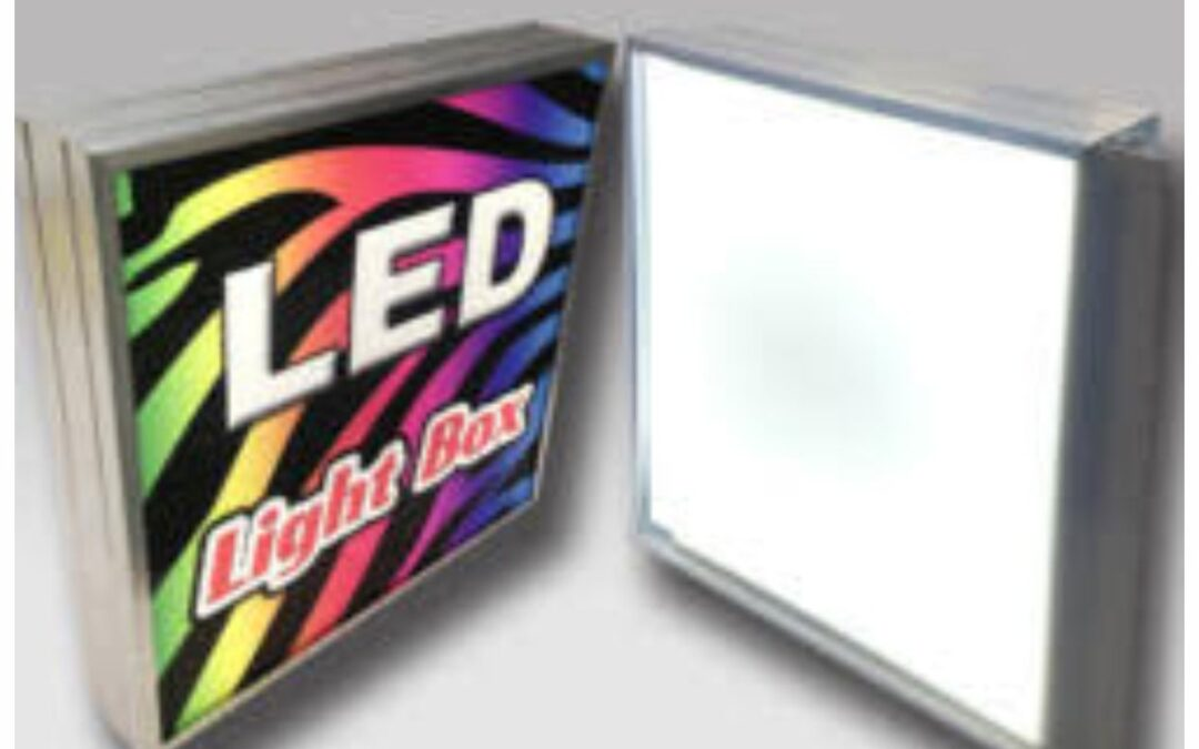 Ai nevoie de o caseta luminoasa pentru afacerea ta?